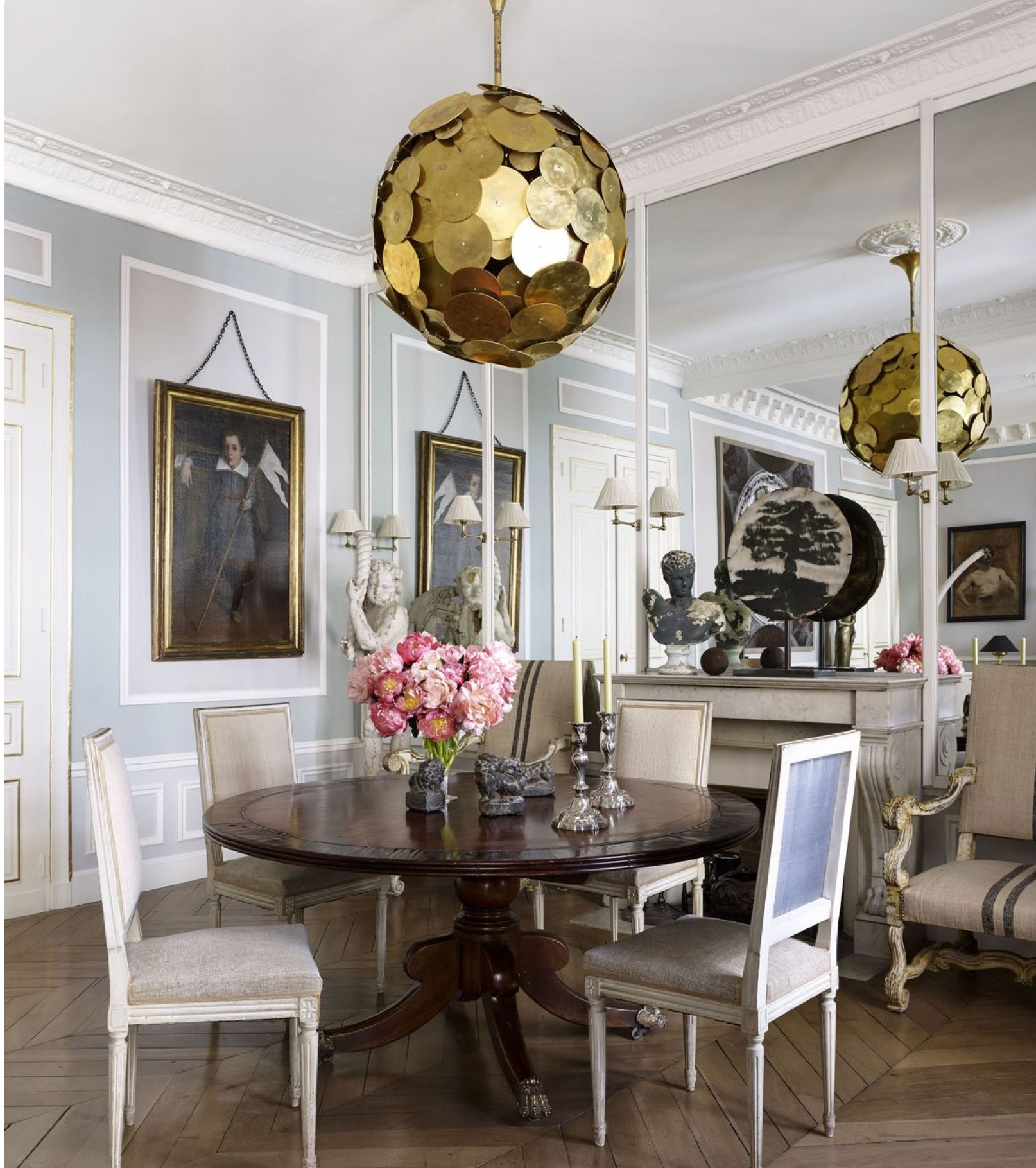 ... Stunning Dining Room Centerpiece. Image Via Elle Decor