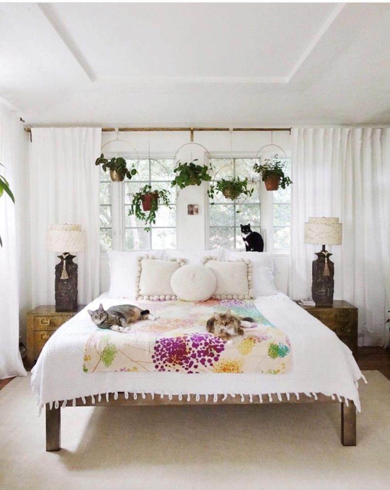 aa18ba398fd 4 Ways To Swap Up That All White Bedding - Bete Abode